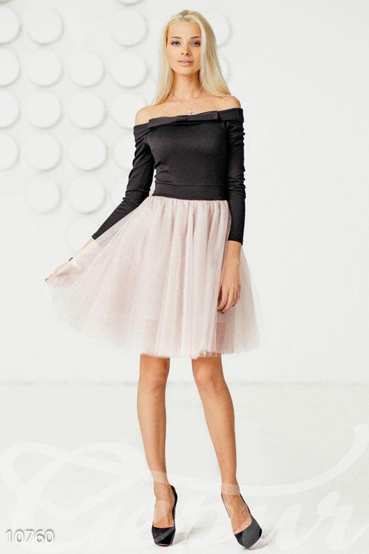 Коктейльное платье в стиле ретро